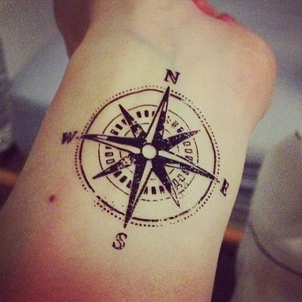 1-compass-tattoo-designs