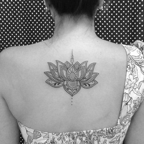 70 Tatuaggi Con Il Fiore Di Loto Cosa Vogliono Significare