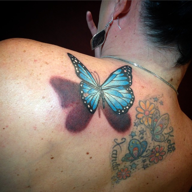3d-butterfly-tattoos-with-flowers