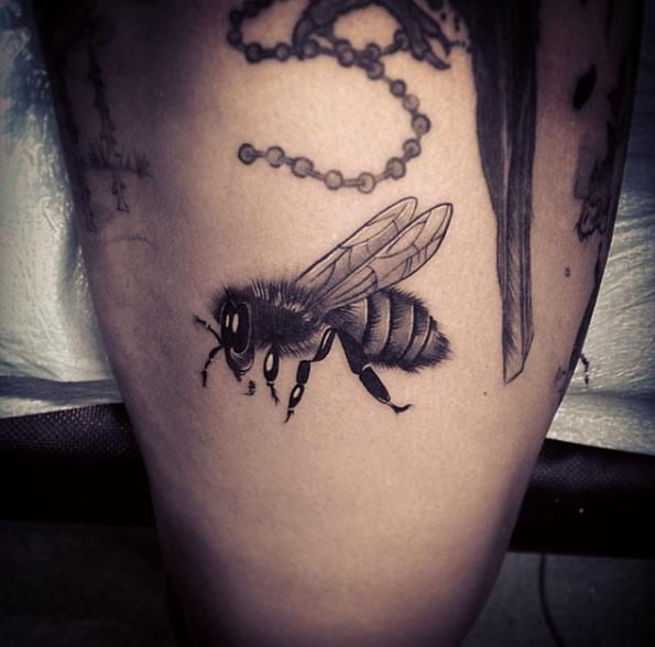 beautiful-bee-tattoo