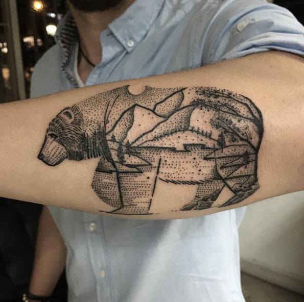 dotwork-landscape-bear-tattoo