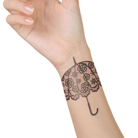 lacy-umbrella-tattoo-on-wrist