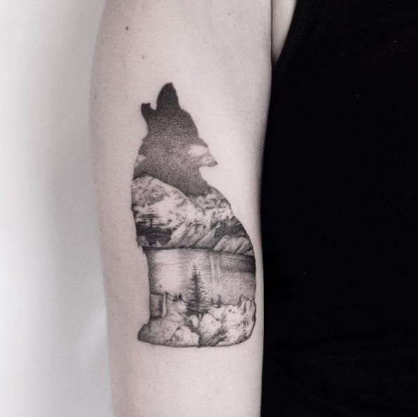 wolf-landscape-tattoo