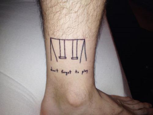 22-small-funny-tattoos-designs-11