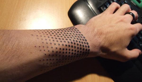half-tone-tattoo