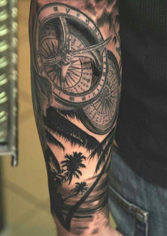 Seascape compass forearm tattoo for Tattoo bussola significato