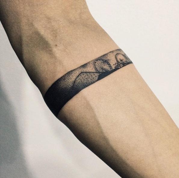 Amato Tatuaggi con le bande sull'avambraccio: foto e significati! AW37