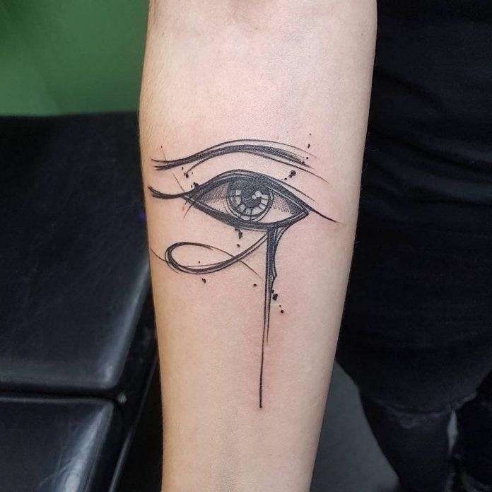 tatuaggio occhi di ra